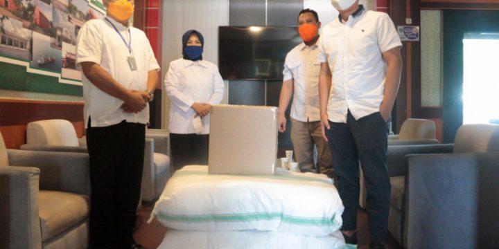 Perusahaan Garmen Berikan Bantuan APD Ke Pemkot Probolinggo