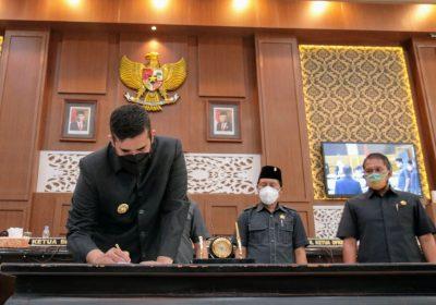 DPRD-Pemkot Probolinggo Teken Nota Kesepakatan KUA PPAS P-APBD 2021